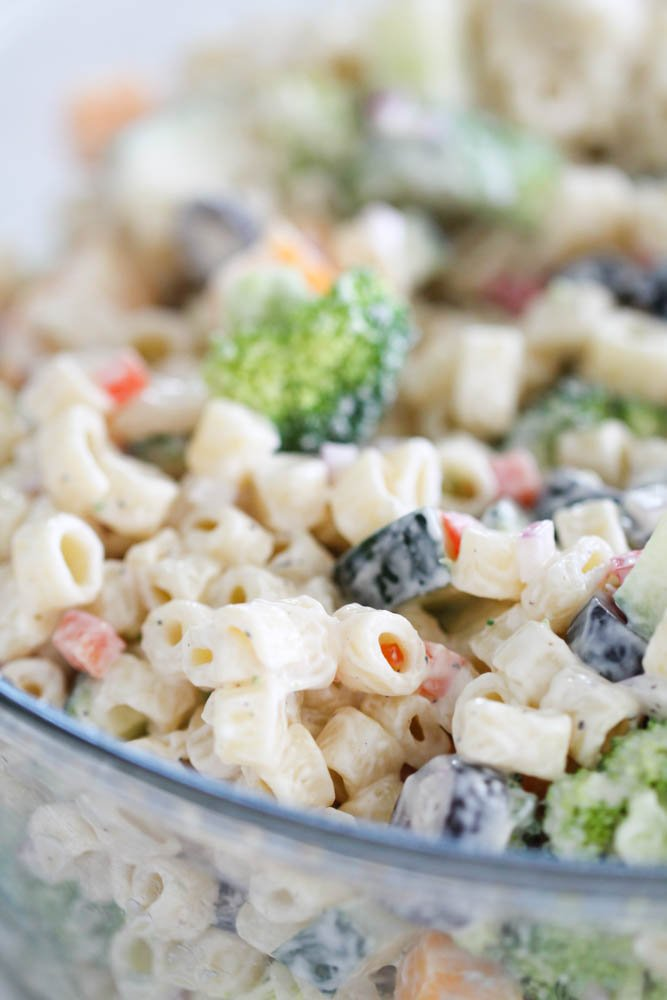 The Best Creamy Pasta Salad in a glass bowl