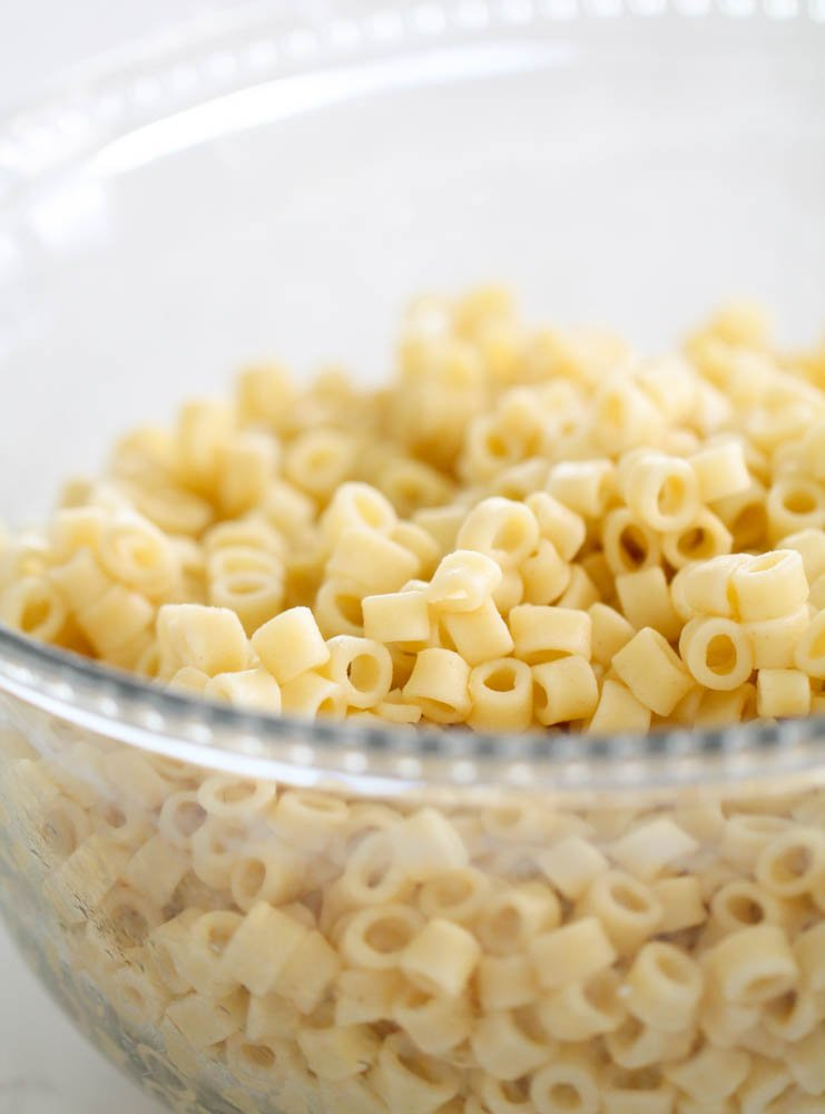 Ditalini pasta cooked in a glass bowl
