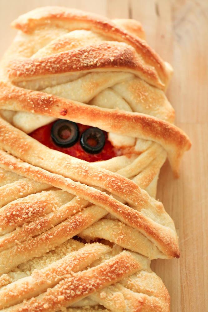 Mummy Pizza Braid