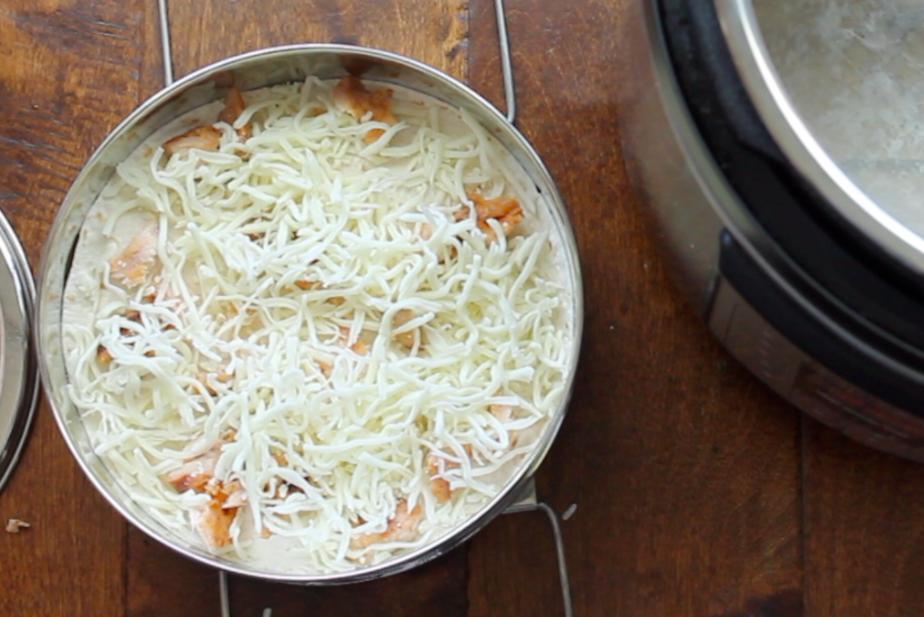 how to make instant pot enchilada lasagna | six sisters' stuff