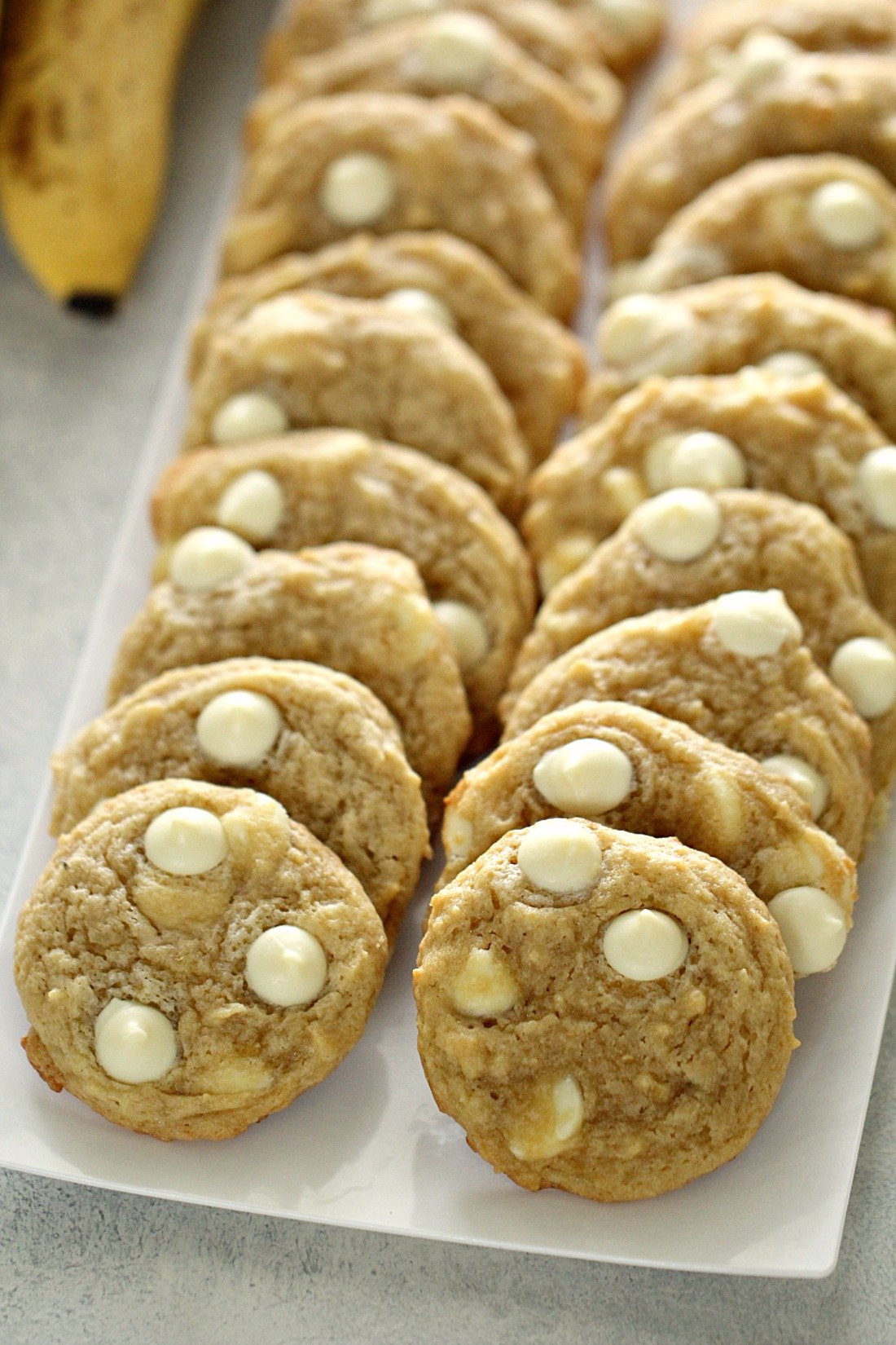 The BEST Banana Cream Pudding Cookies