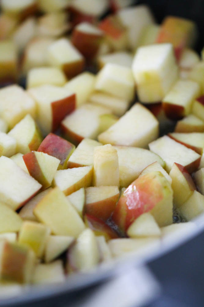 Sliced and cubed gala apples