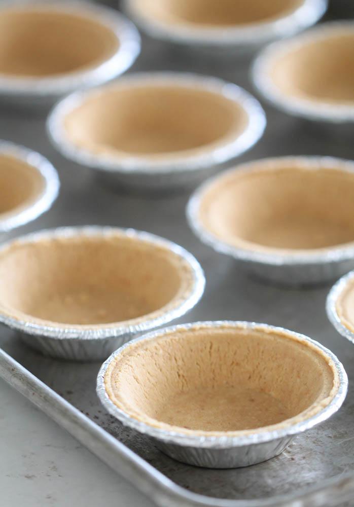 Mini Pie Crusts in Mini Pie Tins