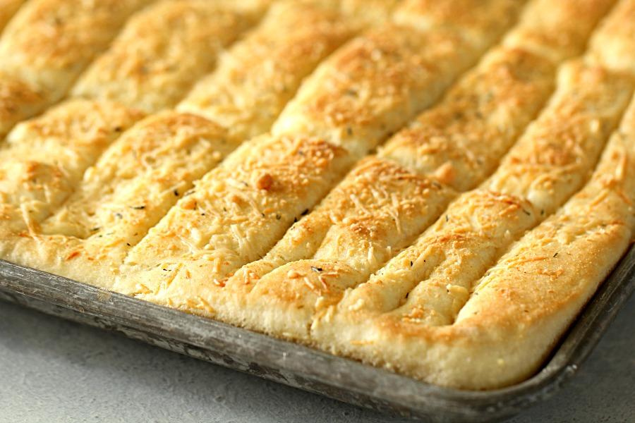 Sheet Pan Garlic Breadsticks