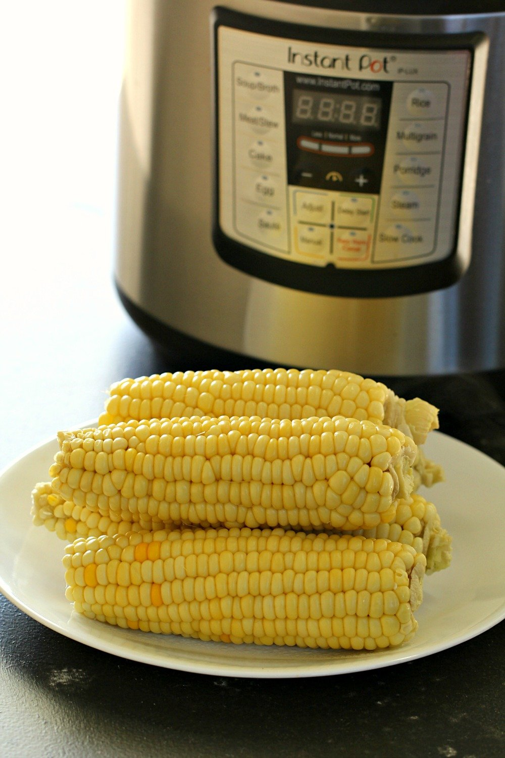 Instant Pot Corn on the Cob (Pressure Cooker Recipe)