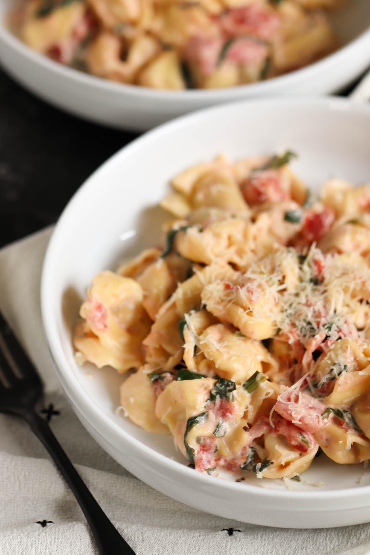 Spinach and Tomato Tortellini