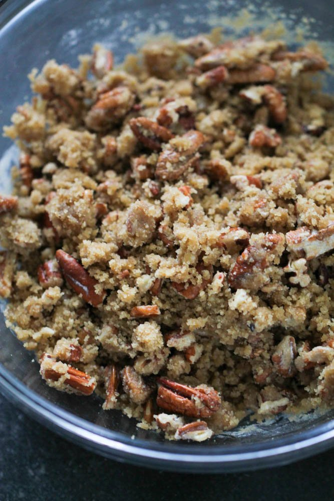 brown sugar topping with pecans to go on top of the sweet potatoes