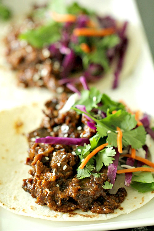 Slow Cooker Korean Beef Tacos Recipe