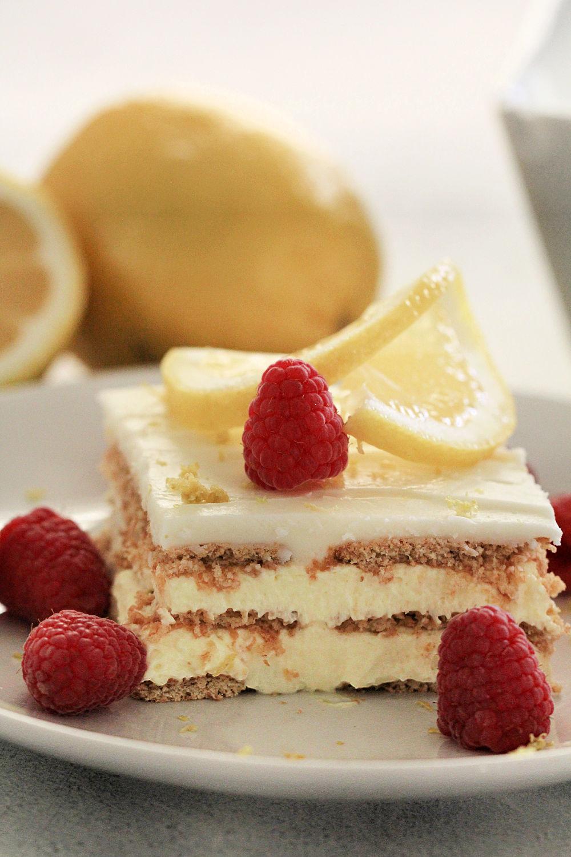 No Bake Lemon Ice Box Cake (Eclair Cake) Recipe
