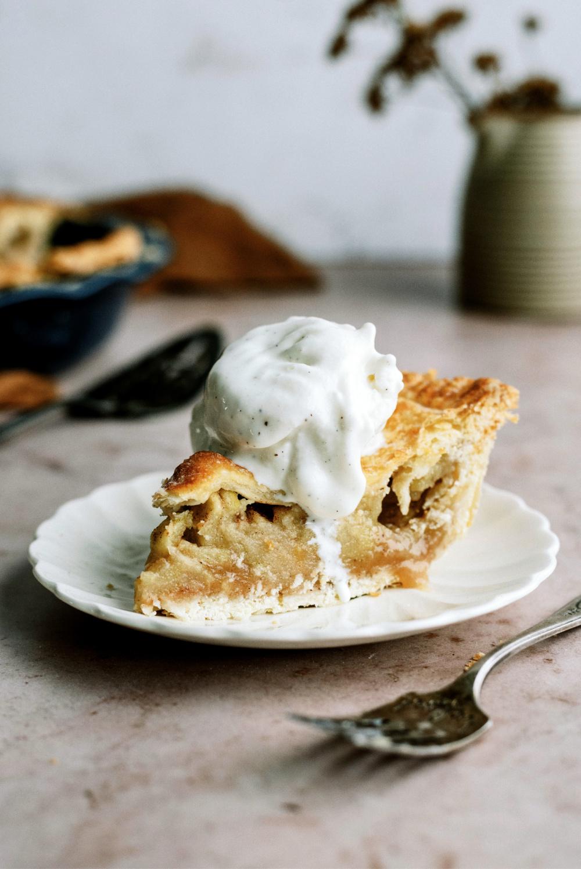 The Best Homemade Apple Pie Recipe (Classic Recipe)