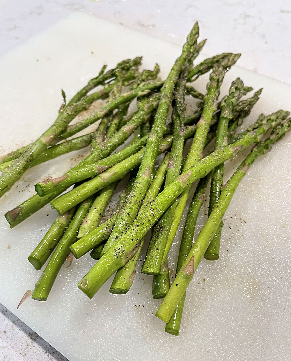 asparagus seasoned with olive oil and salt and pepper