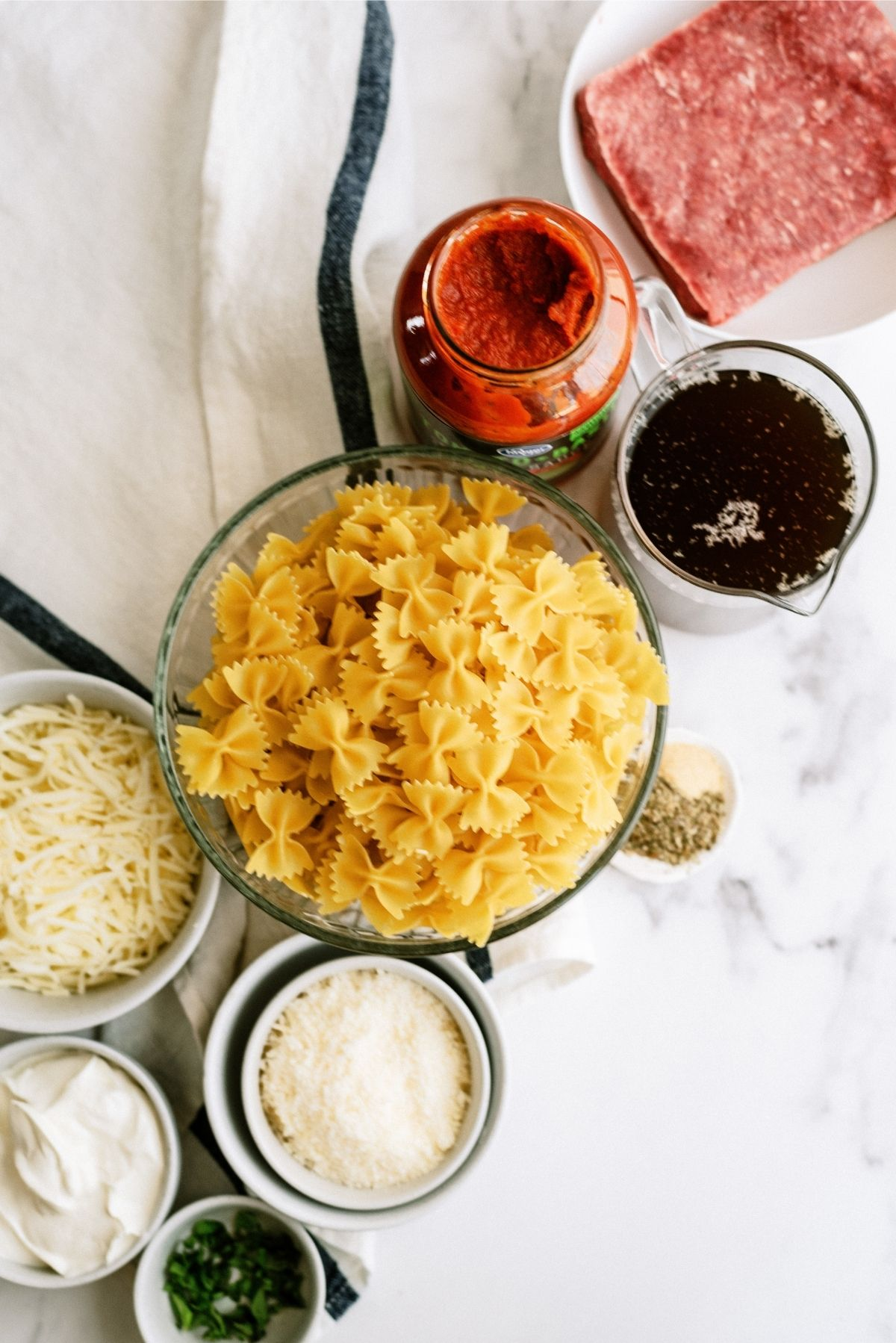 Ingredients for Instant Pot Ground Beef Lazy Lasagna