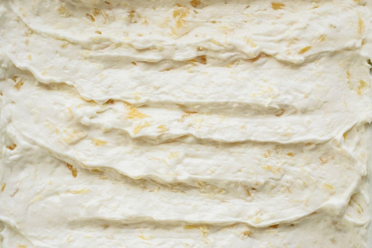 Cream Cheese Mixture spread over crust