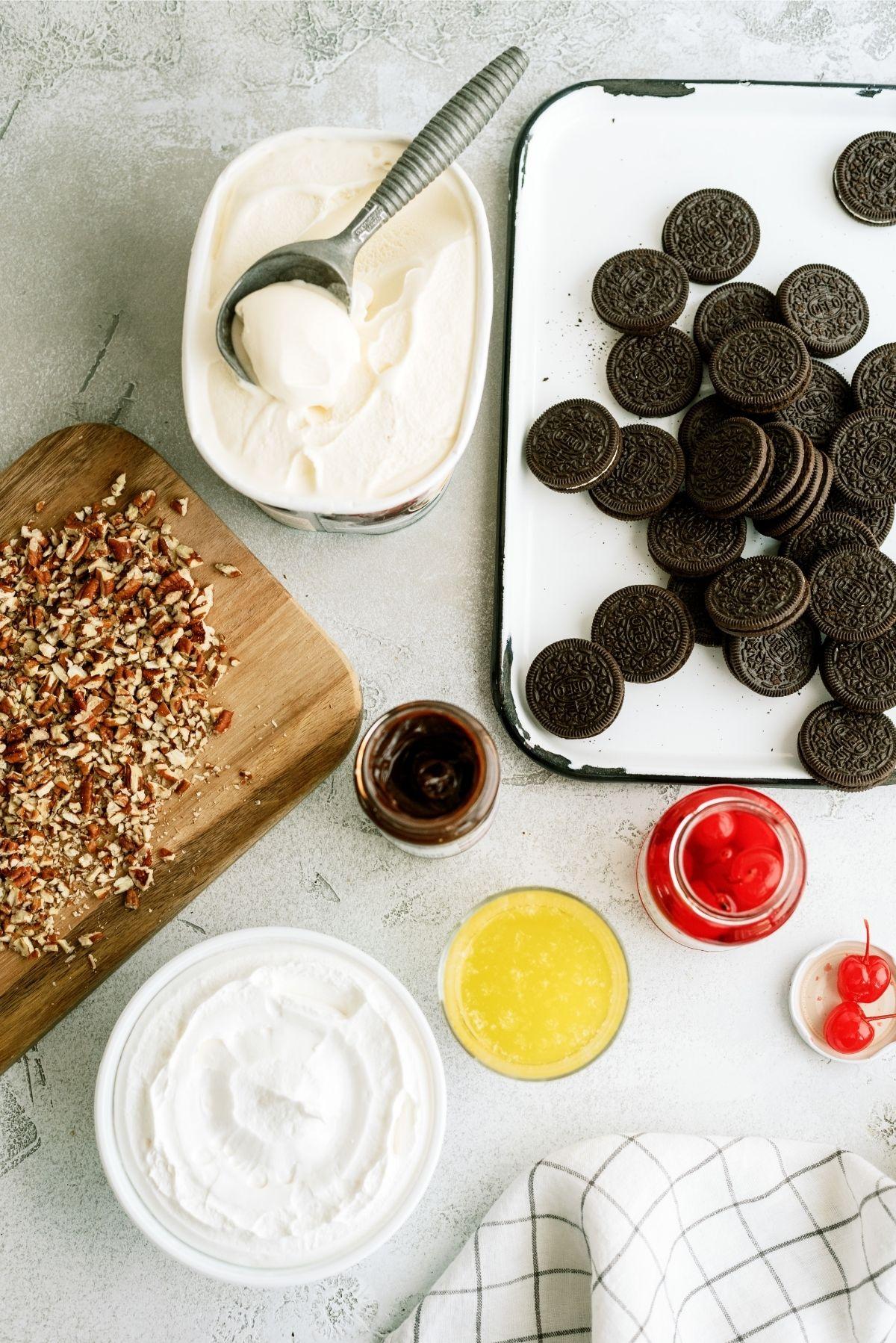 Ingredients for No Bake Mississippi Mud Ice Cream Pie