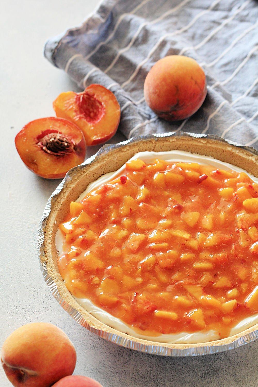 Fresh Peaches and Cream Pie Recipe